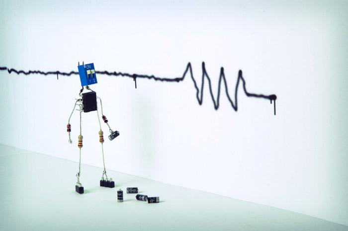 robot-figure